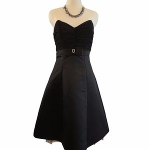 B. Darlin Strapless Black Dress, Size: 3/4